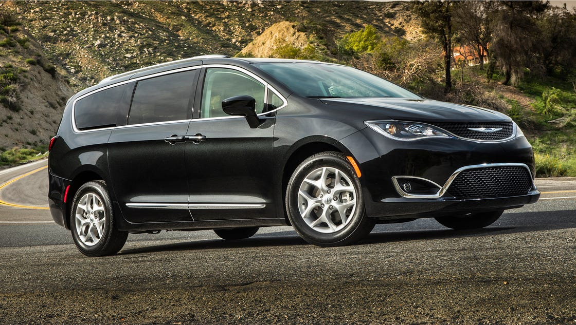 Chrysler Pacifica wins with interior fun and features