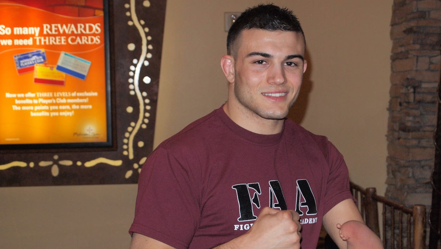 Amputee fighter Nick Newell will appear on 'Dana White's Tuesday Night Contender Series