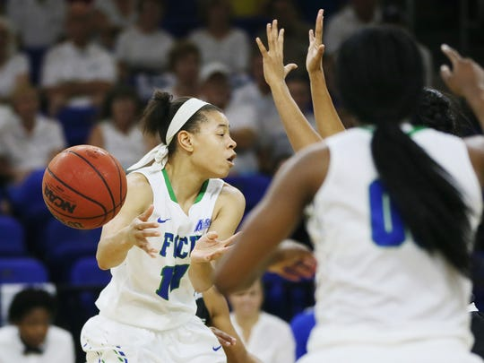 FGCU's Whitney Knight passes against USC Upstate during