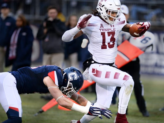 Temple_UConn_Football_50024.jpg
