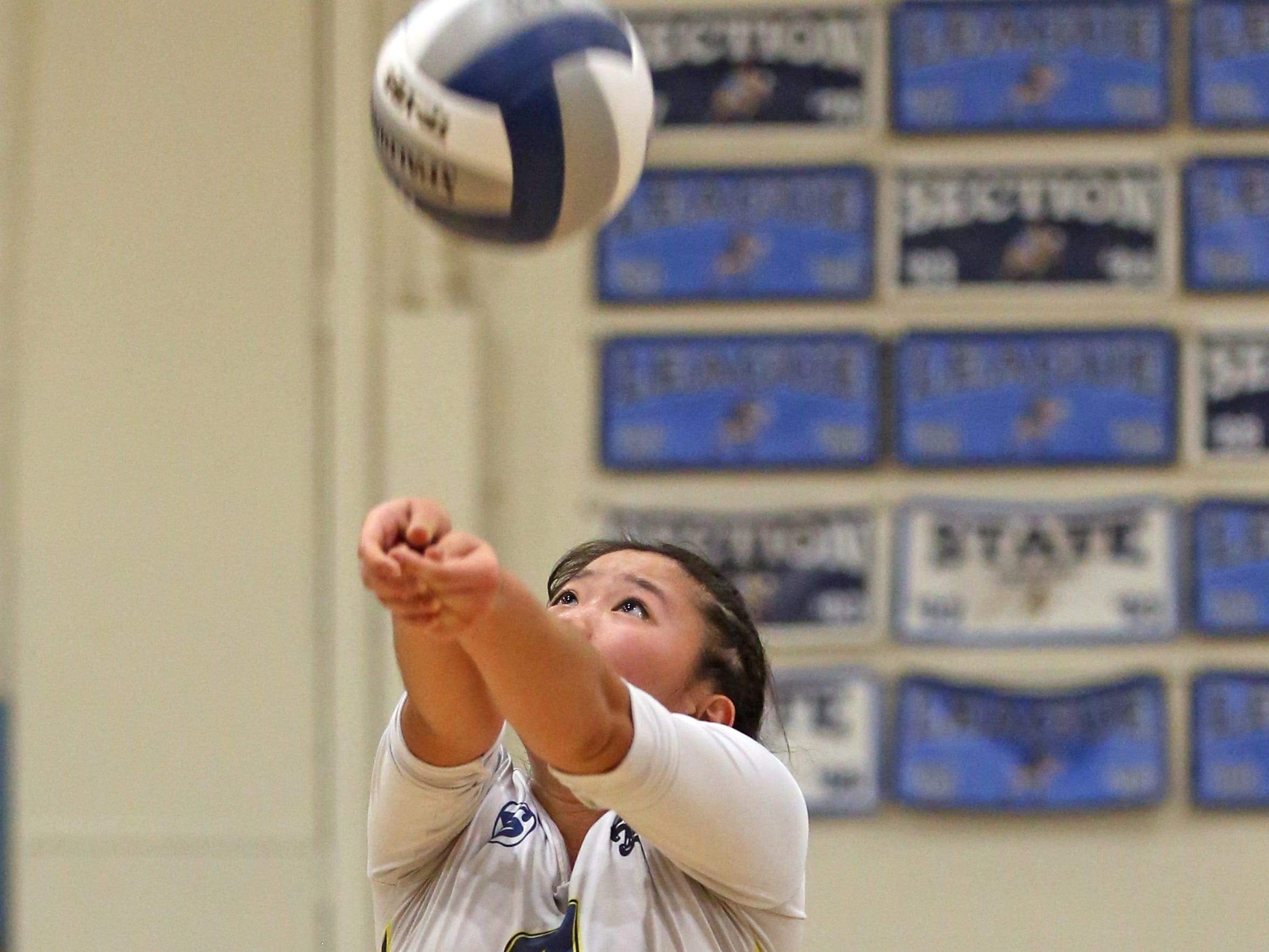 Ardsley's Christina Chu returns the ball to Westlake