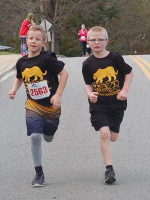 Pleasant View Elementary School hosted its annual Panther Prowl 5K run and 1 mile Fun Run in 2015. Proceeds from the event will benefit health, wellness and safety at the school.