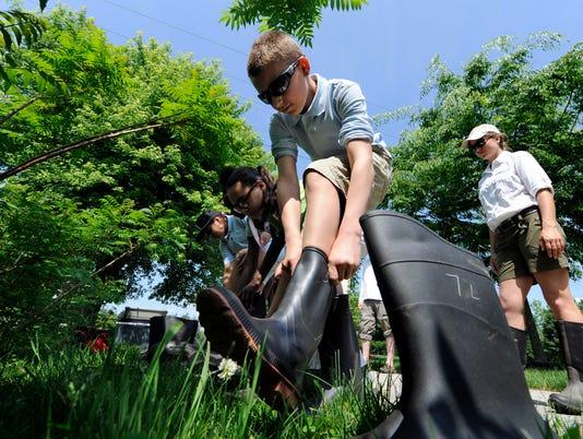 PHOTOS: Students count birds at Kiwanis Lake