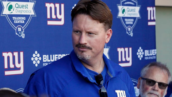 Giants coach Ben McAdoo.