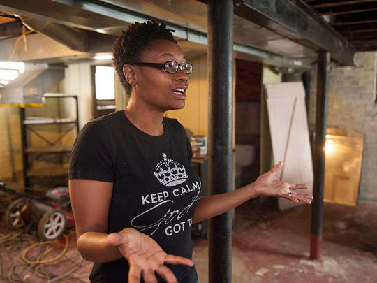 """""""It's tearing me up every single day,"""" Detroit homeowner"""