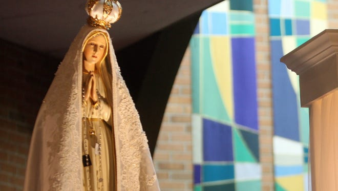 Our Lady of Fatima statue visits St. Clement Parish in Dearborn in 2009.
