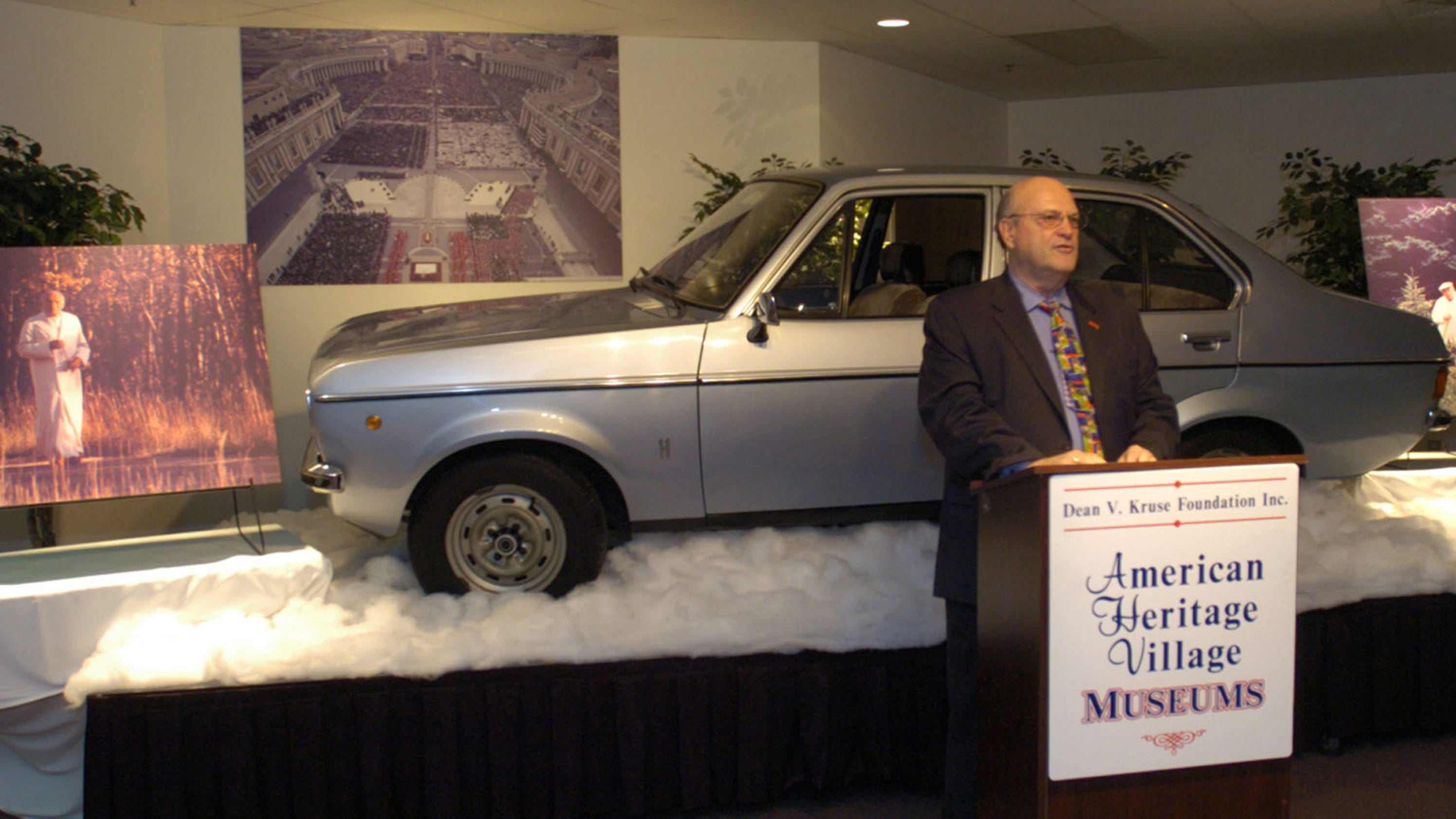 Delaware Auto Auction >> Cars with celebrity ties popular at Auburn auto auction