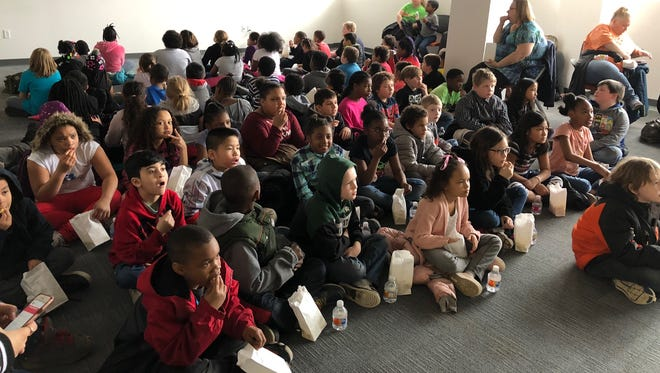 Second and third graders made the trek from Riddle Elementary School to the Knapp's Centre to enjoy Dr. Seuss books, a Dr. Seuss movie and a popcorn snack as part of #LSJreads.