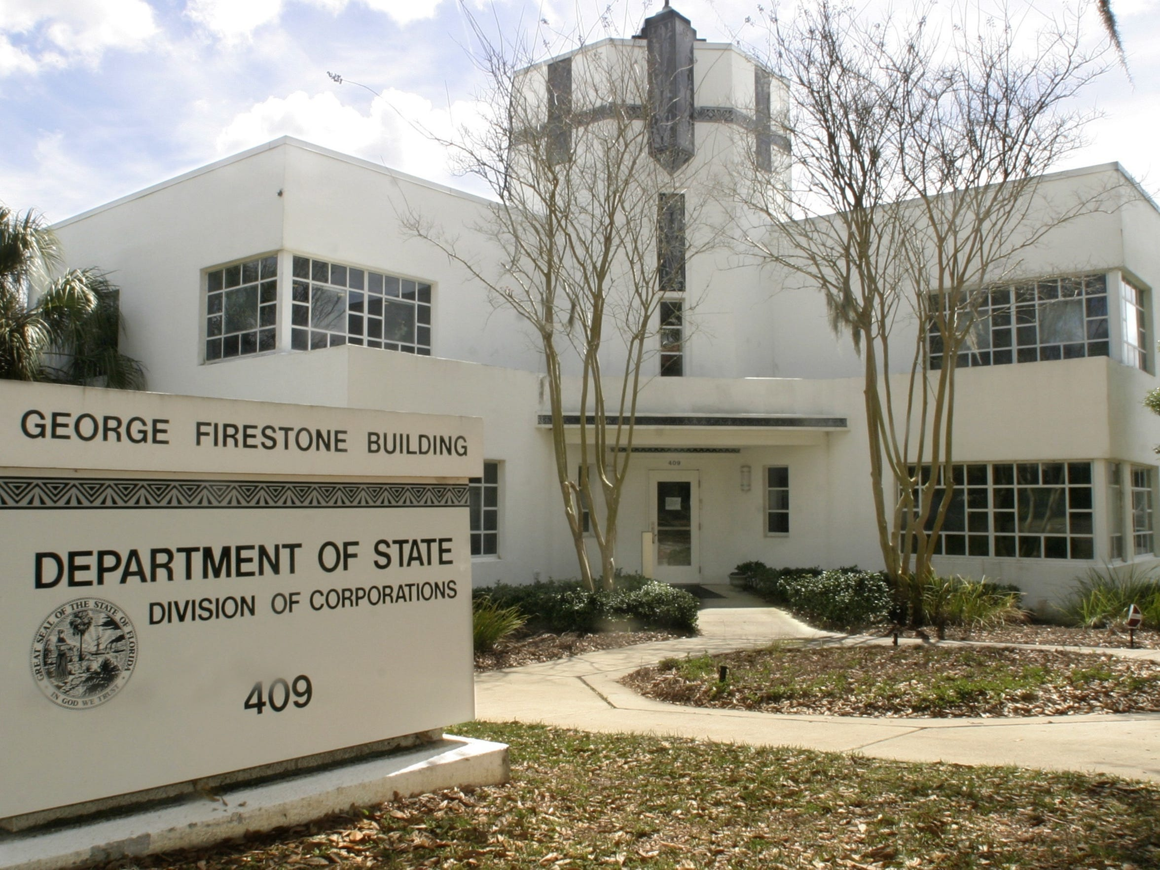 The Community Redevelopment Agency will sell the site of the Firestone building on the edge of Cascades Park to a developer. Using $5.5 million in bed-tax money, the CRA hopes to incorporate art elements into the developer's plans.