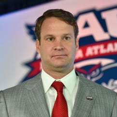 Coach sues Lane Kiffin saying he was promised a job to secure a recruit