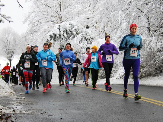 Last year, runners braved the cold weather and snow to run in the Turkey Trot at Arlington High School in Freedom Plains on Thanksgiving morning.