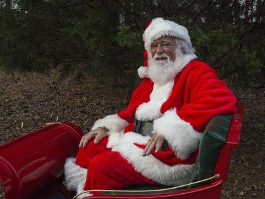 635863900430636780-Santa.jpg