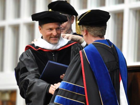 Woody_Harrelson_Hanover_doctorate.jpg