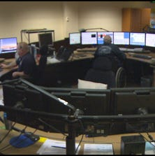 A 911 call center (file photo)