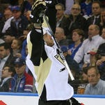 Penguins smother Rangers' offense, take Game 3 of first-round series