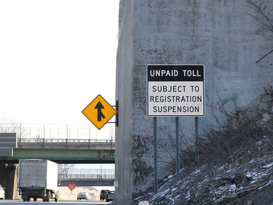 Sign at the Gov. Mario M. Cuomo Bridge