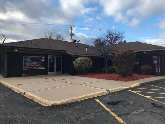 The Rosati's Pizza on Wausau's near west side closed