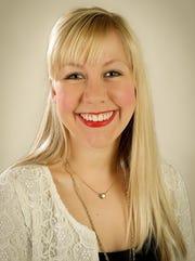 Julie Wilson fashion blogger