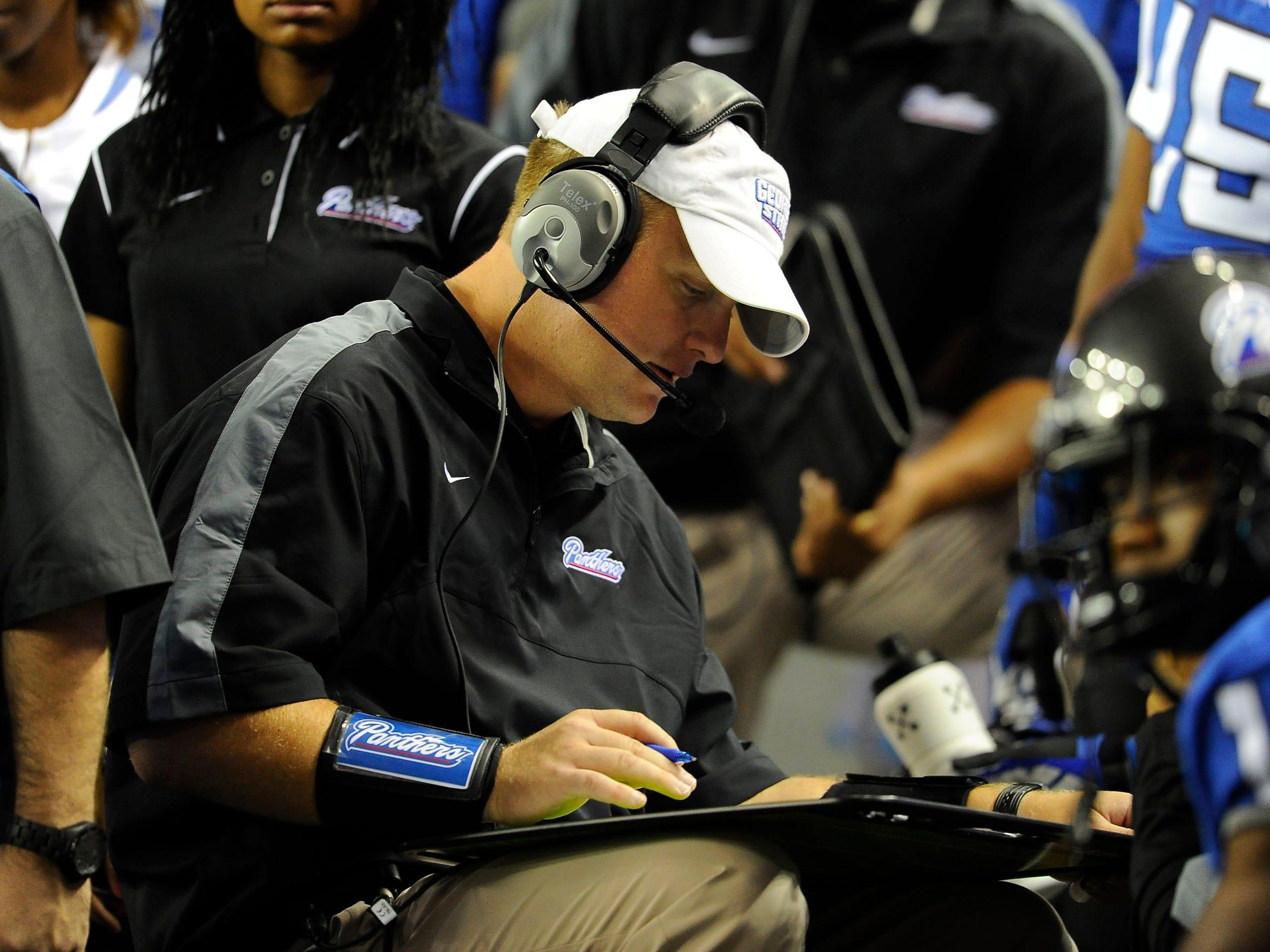 Georgia State quarterbacks coach Luke Huard