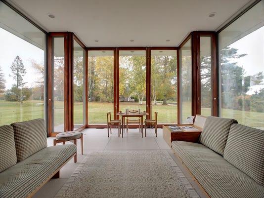 Spring_Homes_Evolving_Modern__datkinso@thenorthwestern.com_4.jpg