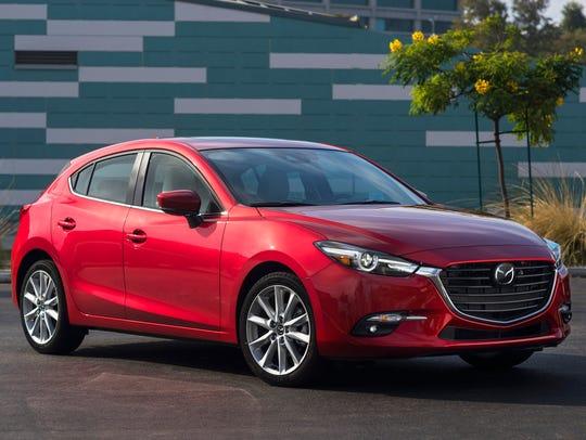 Mazda3 gets a bolder grille for 2017.