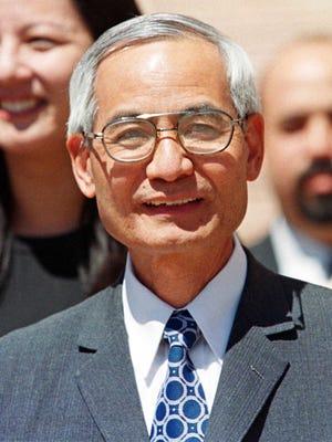 Former Los Alamos nuclear scientist Wen Ho Lee  in