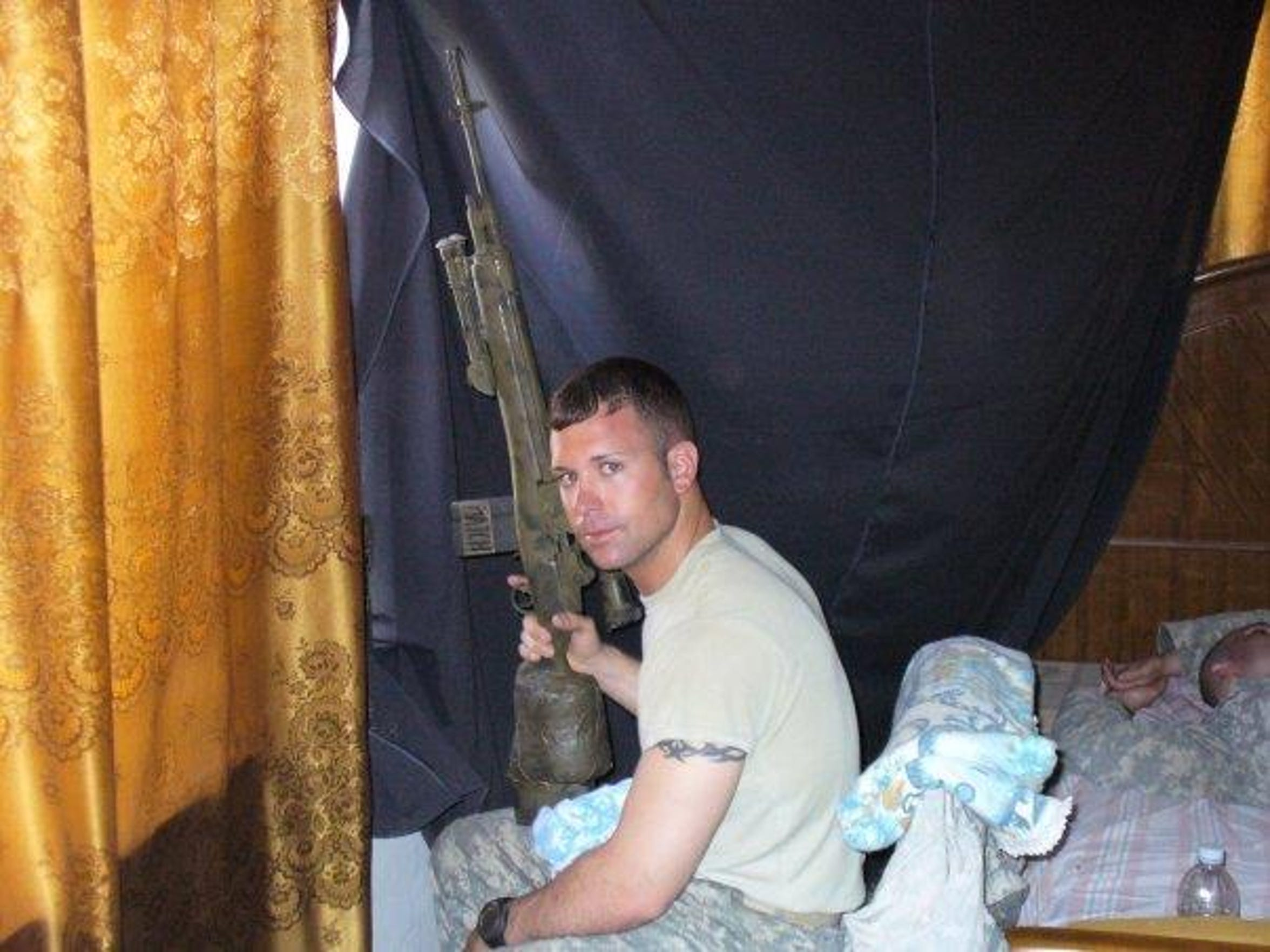 Sgt. Bobby Lightner in Iraq. Agifa Constable's Army
