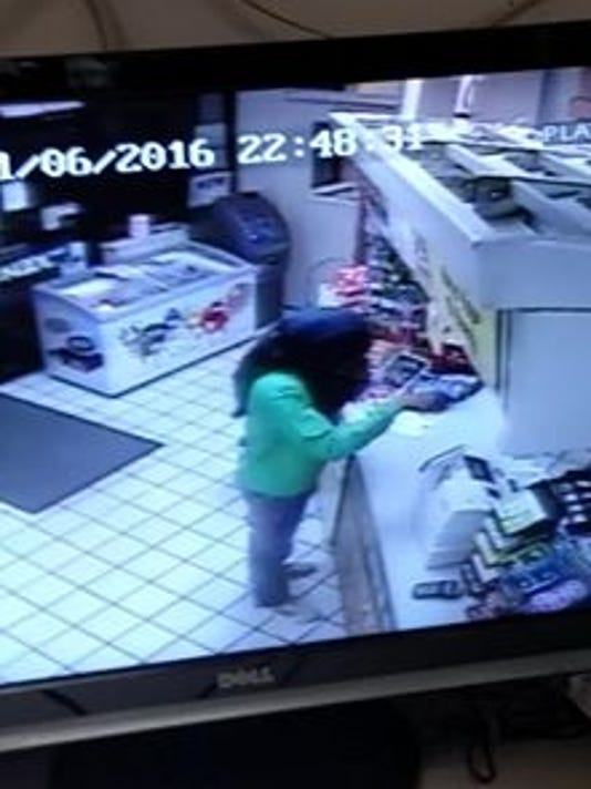 636141226901185676-farmerville-robbery.jpg