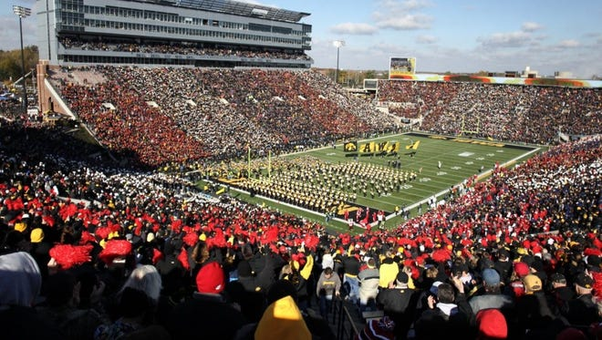 Iowa averaged 67,125 fans at Kinnick Stadium last season, a figure good for 23rd in the country. But it's more than 3,000 fans off the Hawkeyes' 2010 pace, where the school was 21st with a 70,585 clip per game.