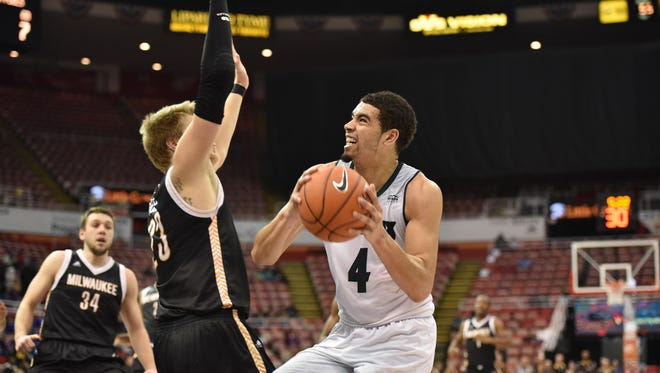 UWGB senior guard Jordan Fouse scored 15 points on Sunday to help lead the Phoenix to a 70-61 win over UW-Milwaukee in a Horizon League tournament quarterfinal at Joe Louis Arena in Detroit.