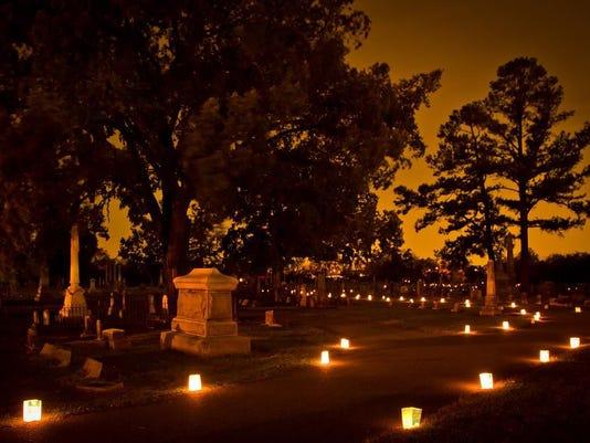 636422005425035694-Cemetery-Tour-2016-1.jpg