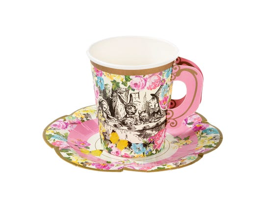 These disposable Alice in Wonderland teacups and saucers