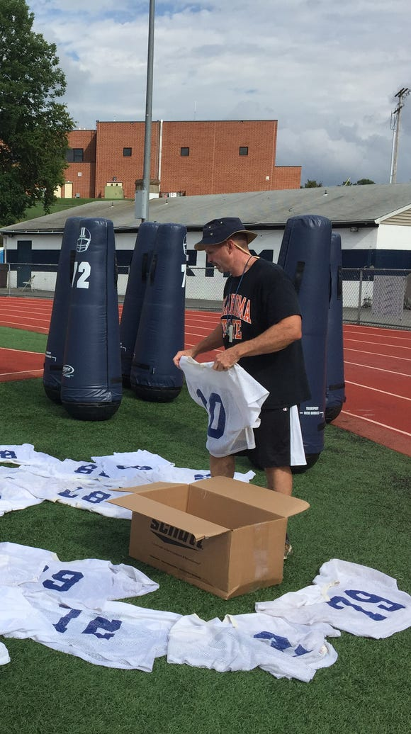 Assistant coach Mike Lyons lays out Randolph football