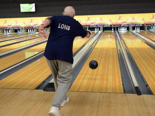 Britt Kennerly Bowler Still Has Game At Age 99