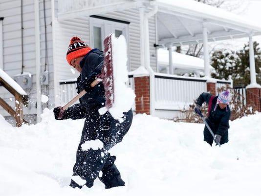 CHL 0214 snow again 01 MAIN