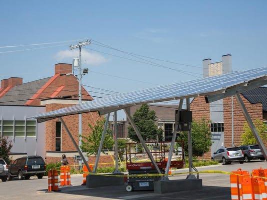 solar canopy 1 (2).jpg