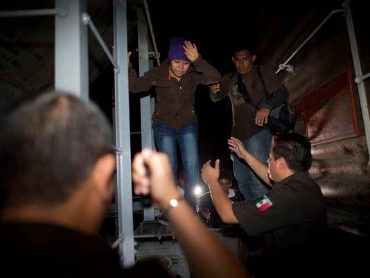 Mexico Child Migrant Overload (2)