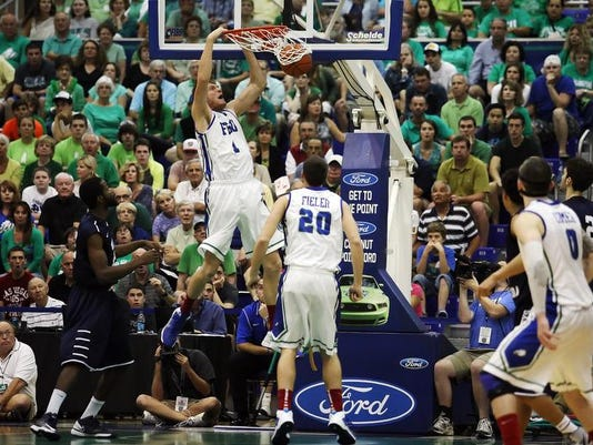 -FGCU North Florida Dunk.jpg_20140212.jpg