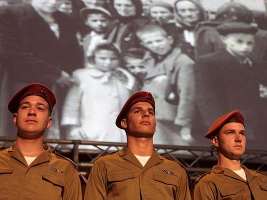-Mideast Israel Palestinians Holocaust .JPEG-04454.jpg_20140427.jpg