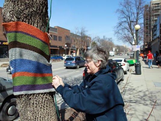 IOW 0331 Tree Huggers 01.jpg