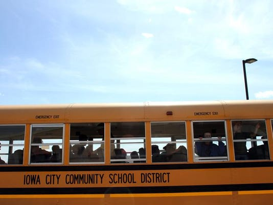 IOW 0412 School bus system 03.jpg