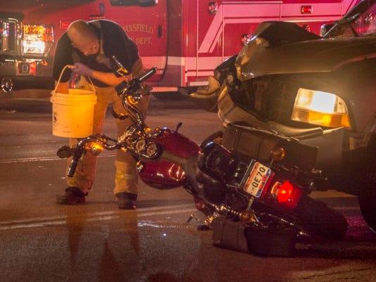 -dhp_MotorCycleAccident_r4.jpg_20140722.jpg