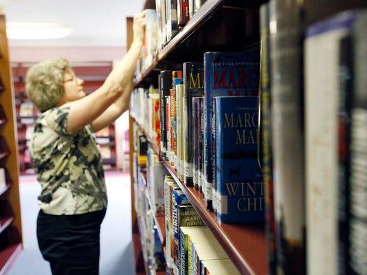 MNI 0707 LibraryStory05.JPG