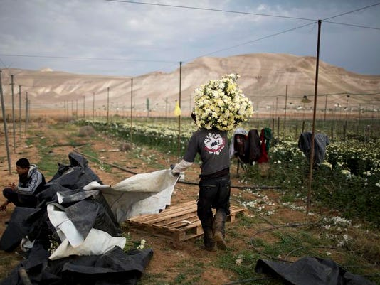 Mideast Israel Boycott Hits Home (2)