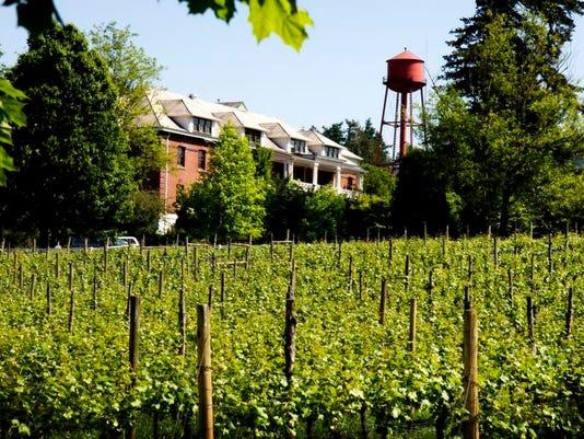 Edgefield Winery.jpeg