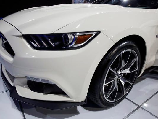 Auto Show Ford Hot Car (2)