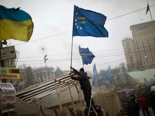 APTOPIX Ukraine Prote_Grit.jpg