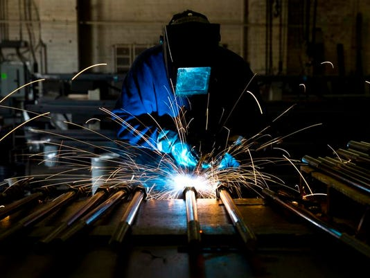 Economy Manufacturing_Duve.jpg