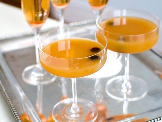 STG0228 wia Oscar Cocktails 02.jpg