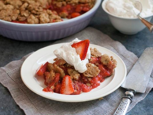Food Strawberry Torte_Atki.jpg